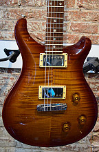 PRS Custom 22 Honeyburst flame