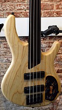 Cort B4 FL Plus AS fretless basgitaar