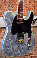 Fender American Performer Telecaster Limited edition Sonic Blue