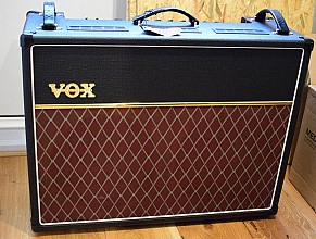 VOX  AC15C2 Custom Twin combo