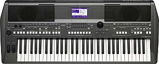 Yamaha PSR S670 Arranger Workstation