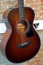 Taylor 322E 12fret Blackwood