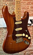 Fender 2017 Limited Edition Shedua Top Stratocaster Natural