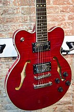 Hofner Verythin Deluxe Transparant Red