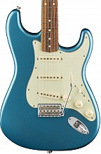 Fender Classic Series 60s Stratocaster Lake Placid Blue PF