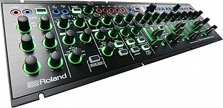 Roland AIRA System 1m Plug out synthesizer