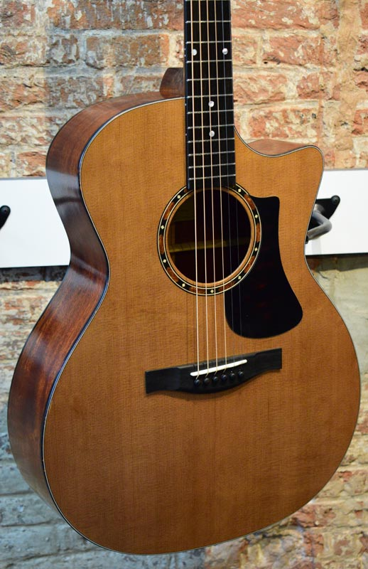 Eastman AC122-2CE CD