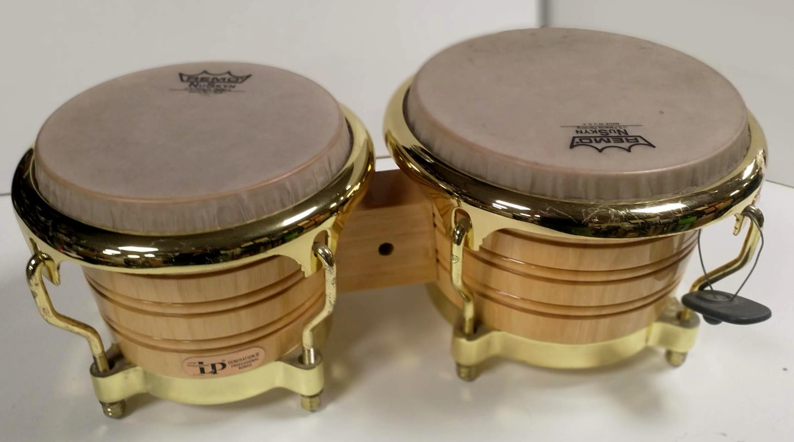 Latin Percussion LP201AX-2AW Generation II Bongos Remo skin