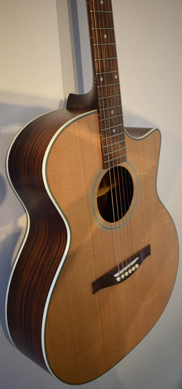 Eastman AC222CE Grand Audithorium model
