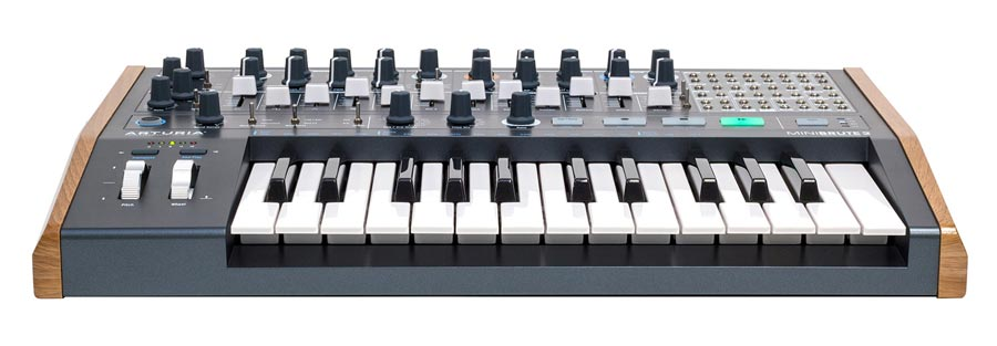 Arturia MiniBrute 2 analoge synthesizer
